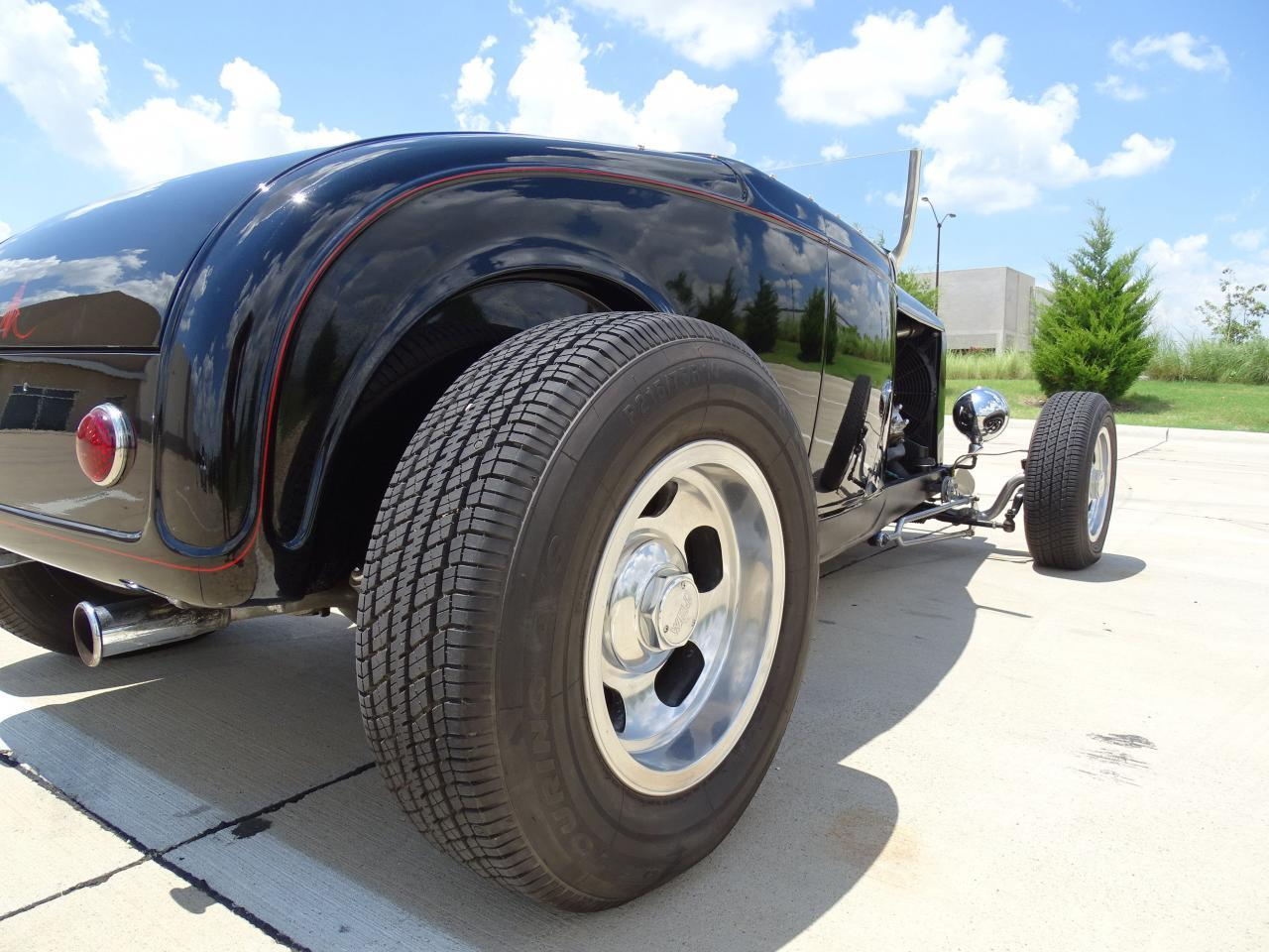 Large Picture of Classic '32 Ford Roadster located in DFW Airport Texas Offered by Gateway Classic Cars - Dallas - LH9C
