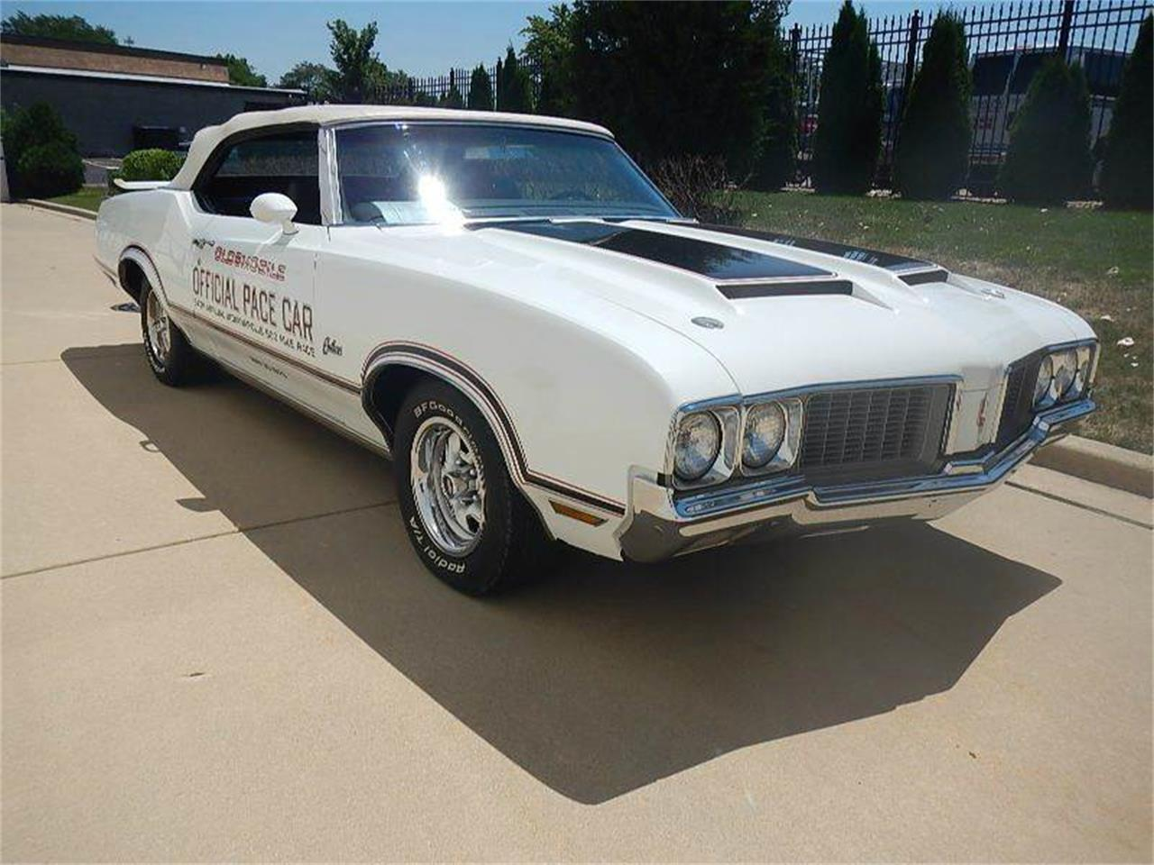Large Picture of '70 Cutlass Supreme - LHAT
