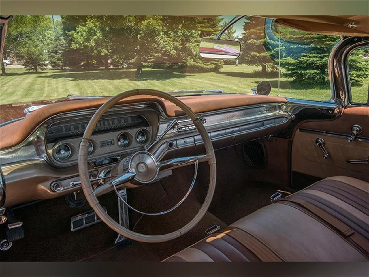 Large Picture of Classic '60 Pontiac Ventura located in Minnesota - LHB7