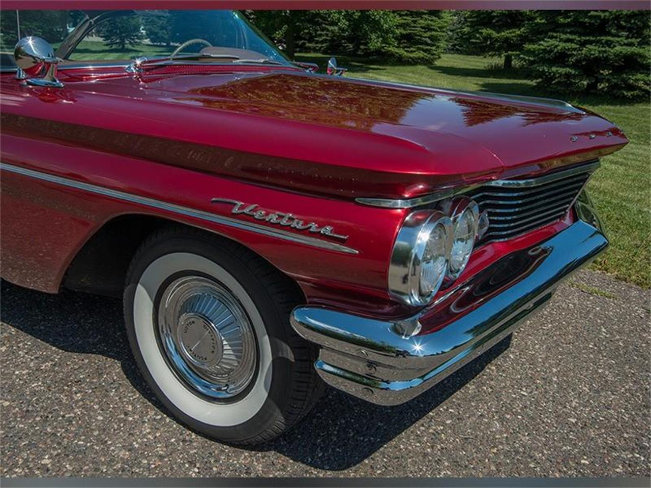 Large Picture of '60 Pontiac Ventura located in Minnesota - LHB7
