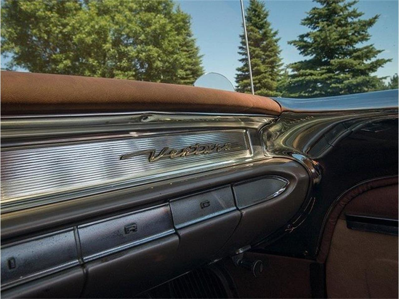 Large Picture of Classic '60 Pontiac Ventura located in Rogers Minnesota Offered by Ellingson Motorcars - LHB7