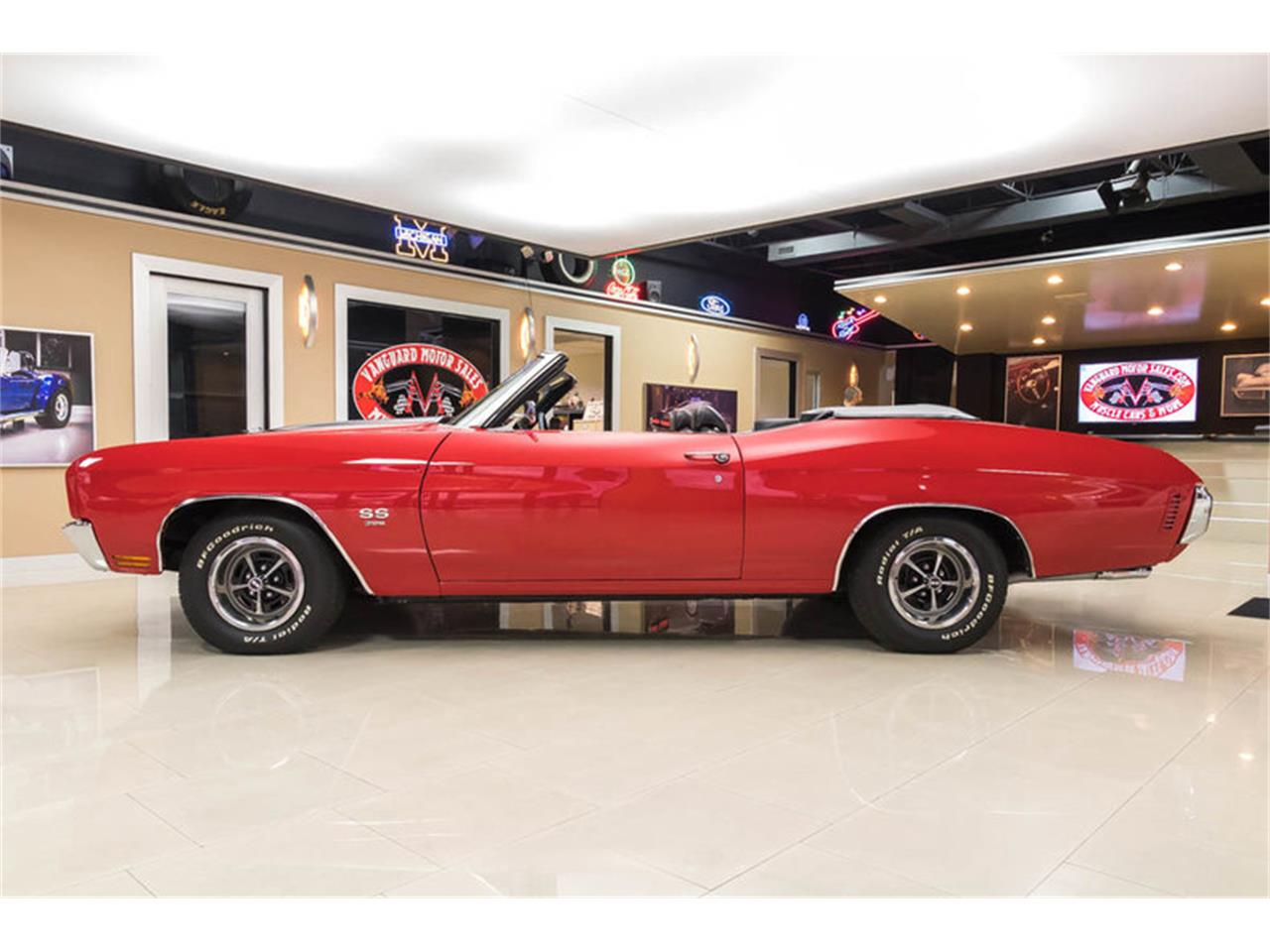 Large Picture of Classic '70 Chevelle located in Michigan - $82,900.00 Offered by Vanguard Motor Sales - LHBI