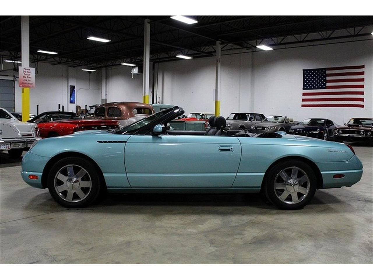 Large Picture of '02 Thunderbird - LHBV