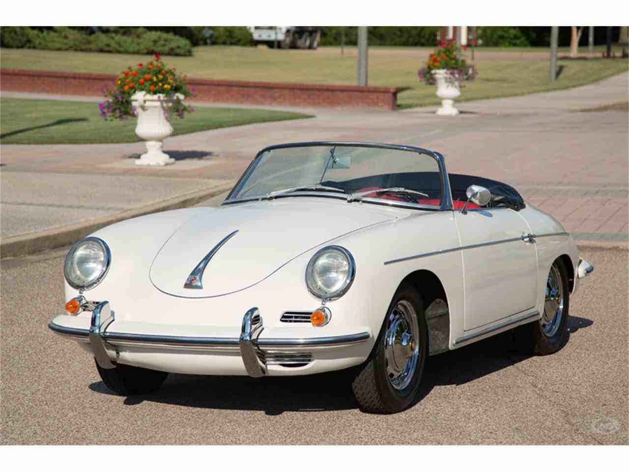 Large Picture of Classic 1961 356B located in Collierville Tennessee - LHC5