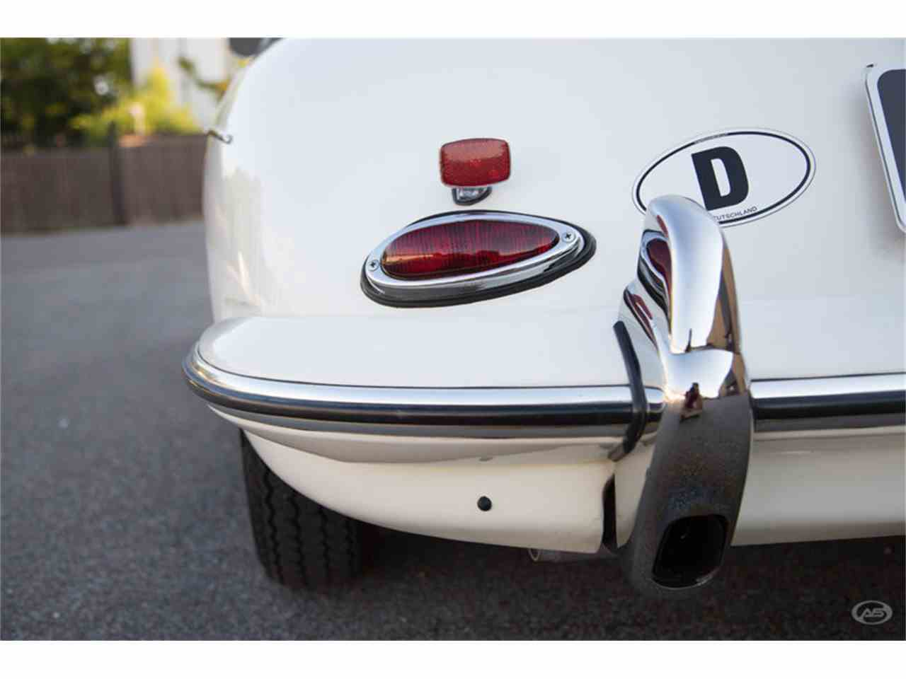 Large Picture of Classic 1961 Porsche 356B located in Collierville Tennessee - LHC5