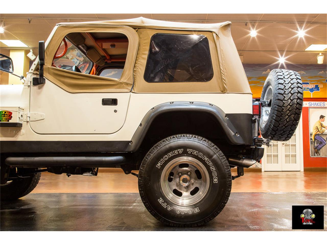 Large Picture of 1983 Jeep Wrangler located in Florida - $11,995.00 - LHC9