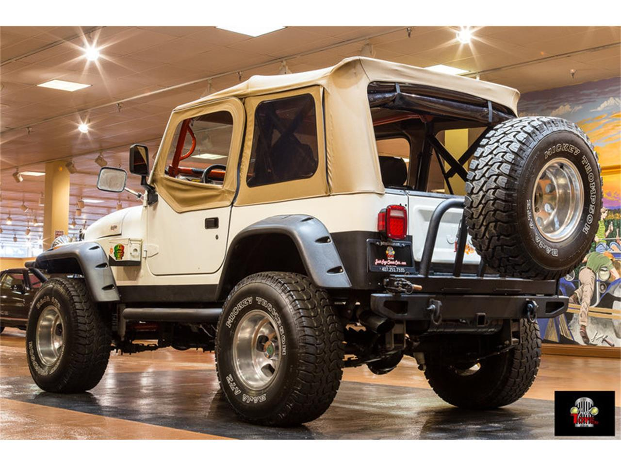 Large Picture of '83 Jeep Wrangler located in Orlando Florida - $11,995.00 - LHC9