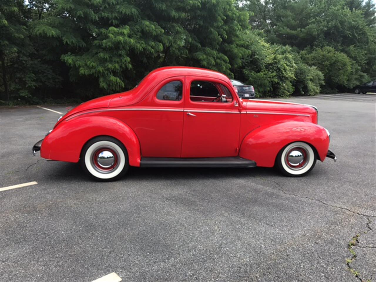 Large Picture of Classic '40 Deluxe located in Massachusetts - LHH3