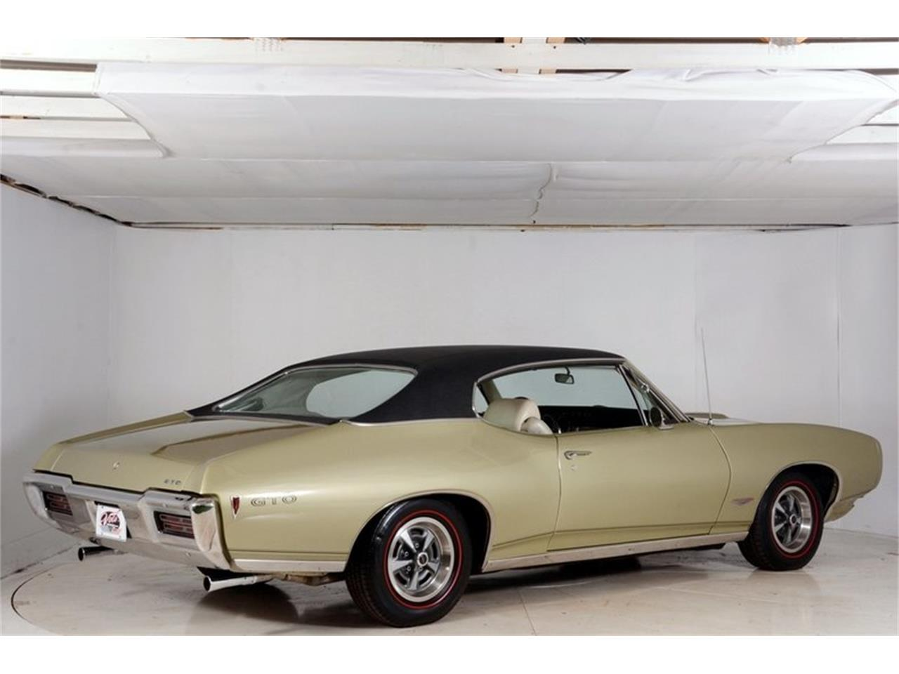 Large Picture of 1968 GTO located in Volo Illinois - LHHG