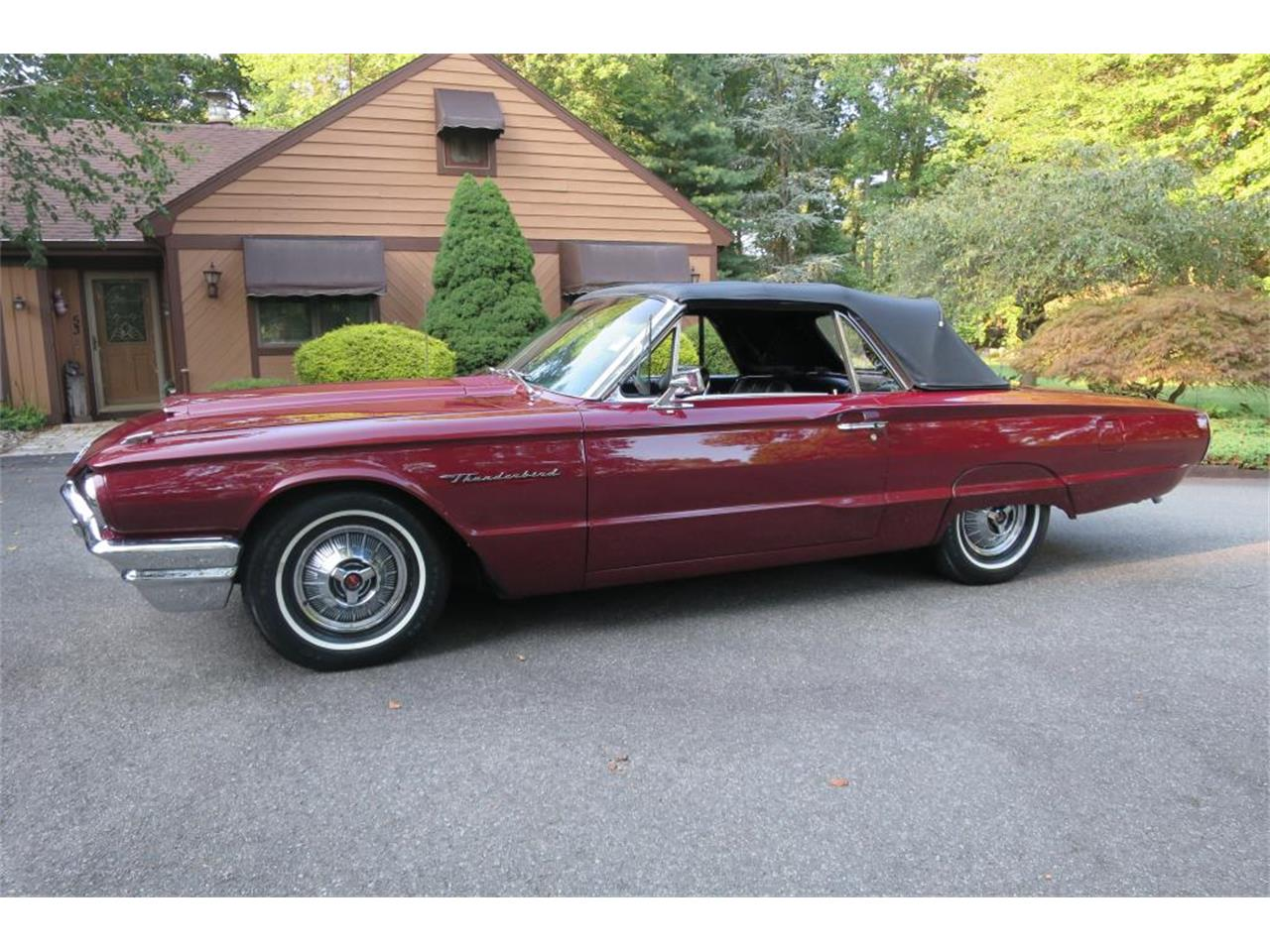 Large Picture of '64 Ford Thunderbird - LHHL