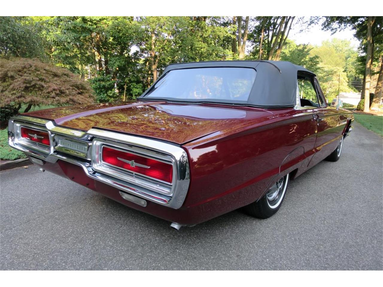 Large Picture of Classic 1964 Thunderbird located in Connecticut Auction Vehicle - LHHL