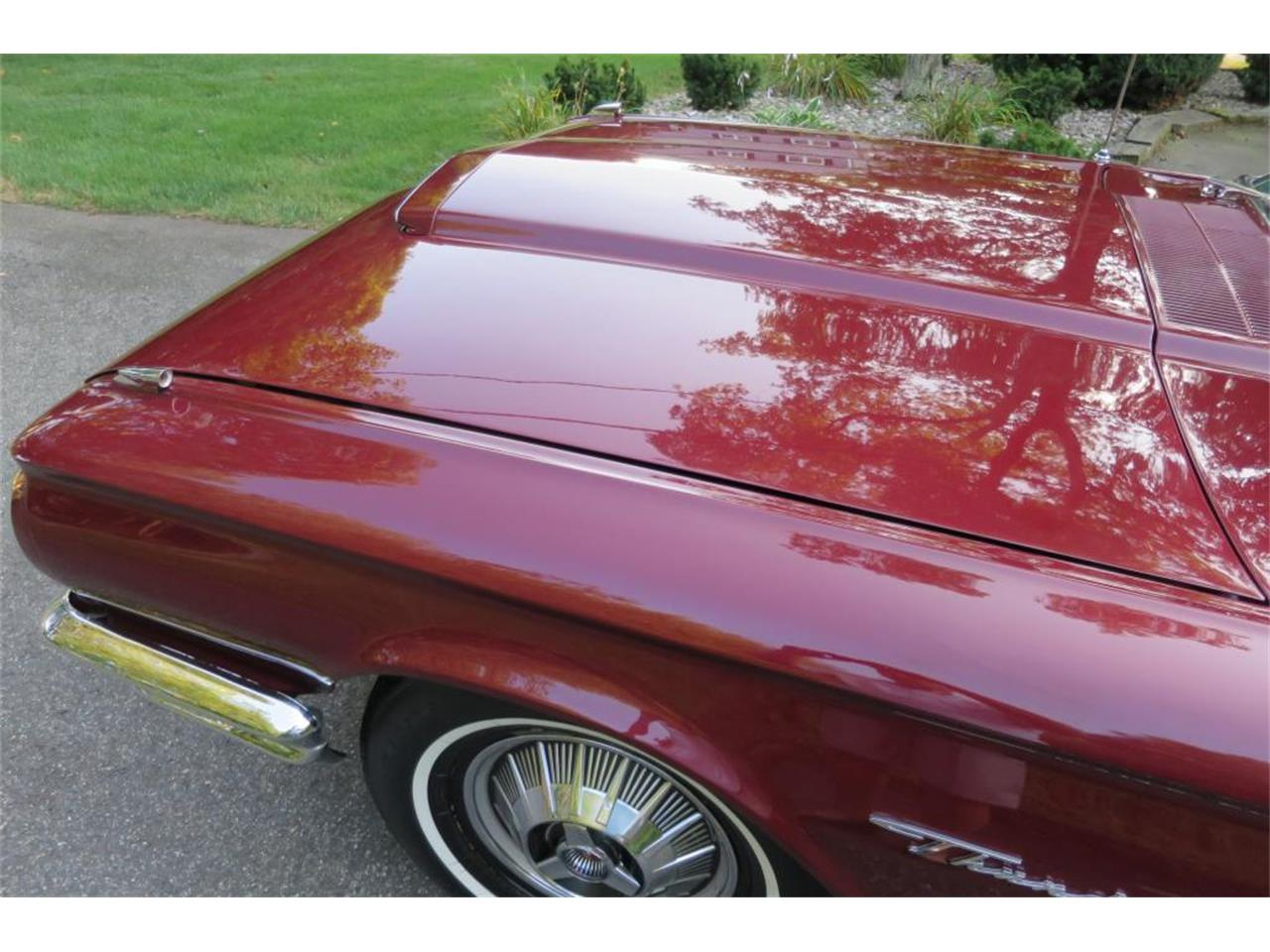 Large Picture of '64 Ford Thunderbird located in Connecticut Auction Vehicle - LHHL