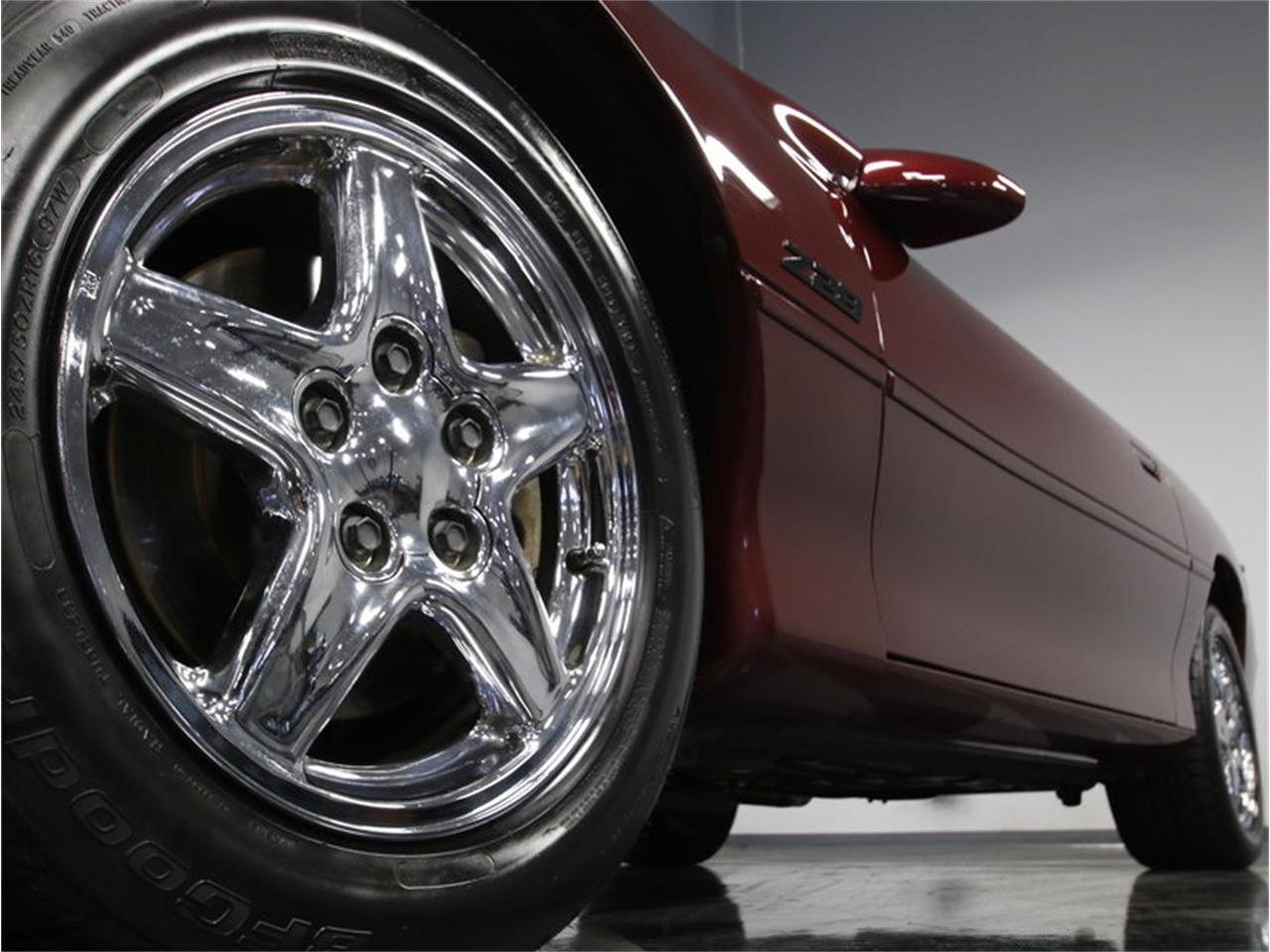Large Picture of '00 Chevrolet Camaro Z28 Offered by Streetside Classics - Charlotte - LHHO