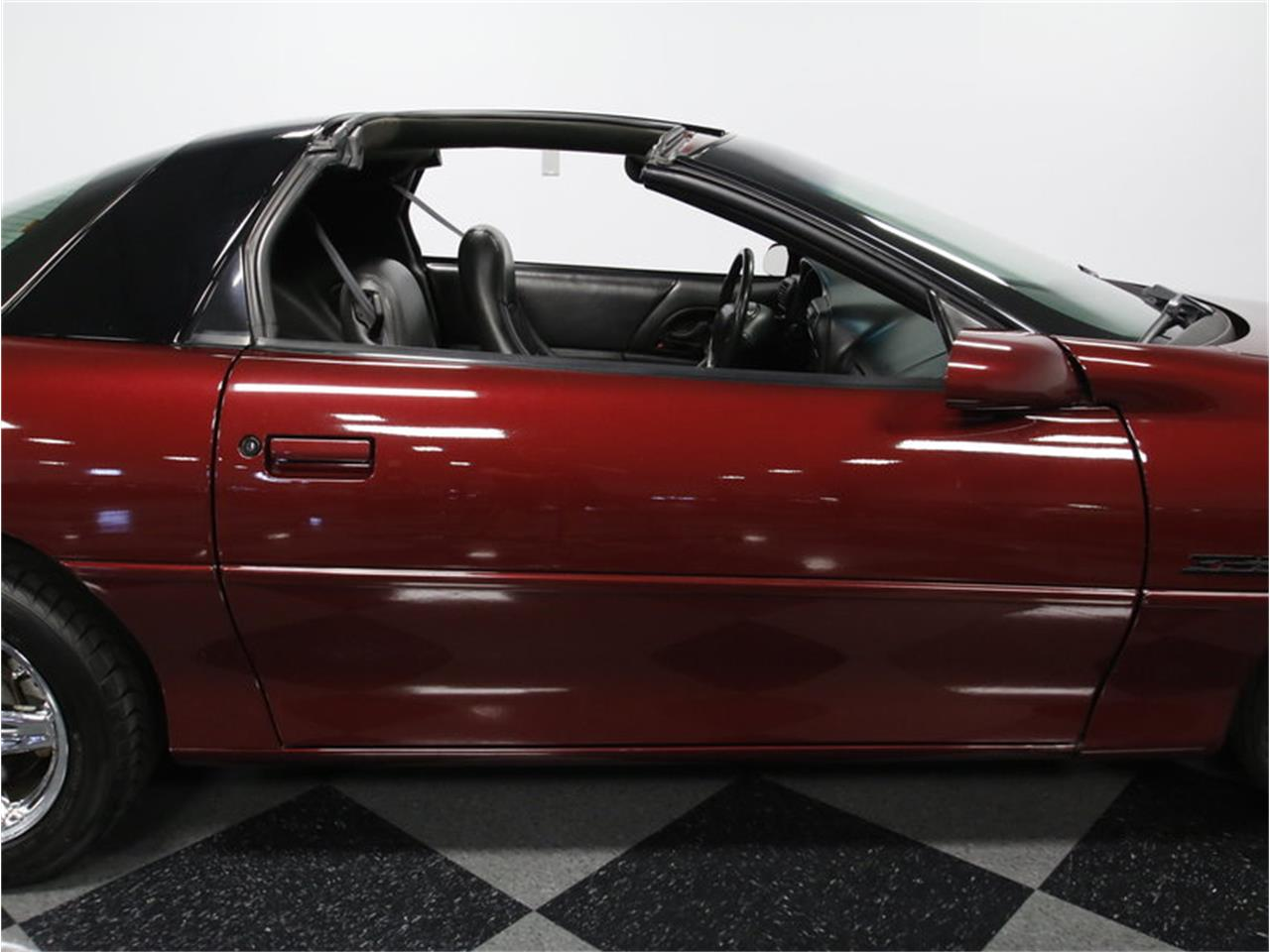 Large Picture of 2000 Chevrolet Camaro Z28 located in North Carolina - LHHO