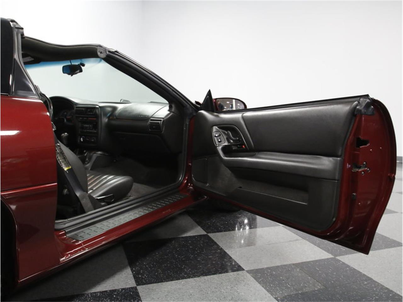Large Picture of 2000 Chevrolet Camaro Z28 - $15,995.00 - LHHO