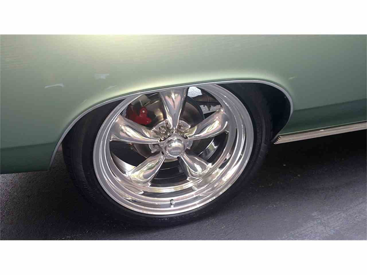Large Picture of 1967 Chevelle SS - LHHU