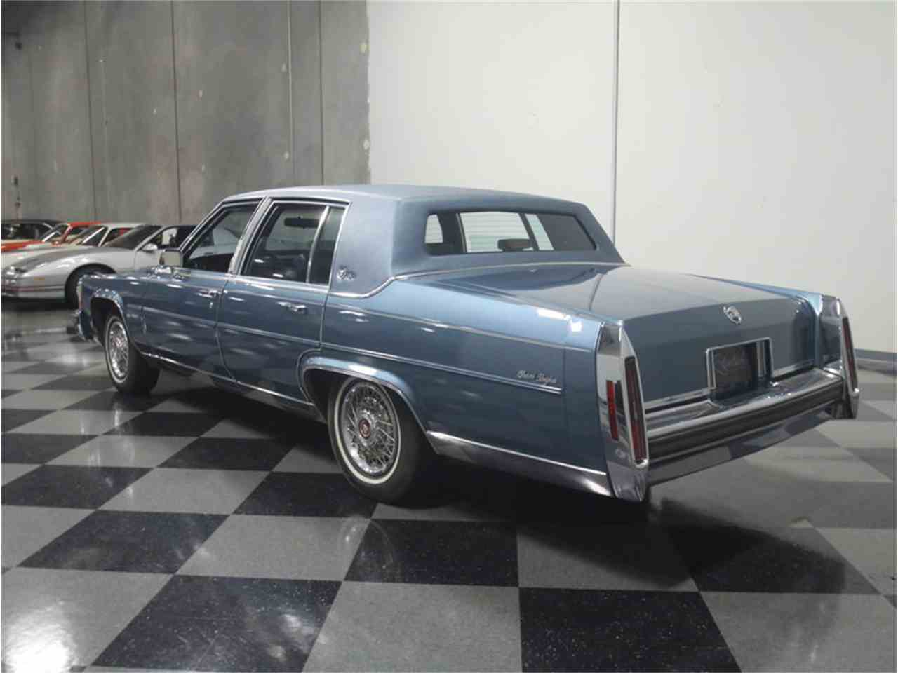Large Picture of 1986 Fleetwood Brougham - $8,995.00 - LHHW