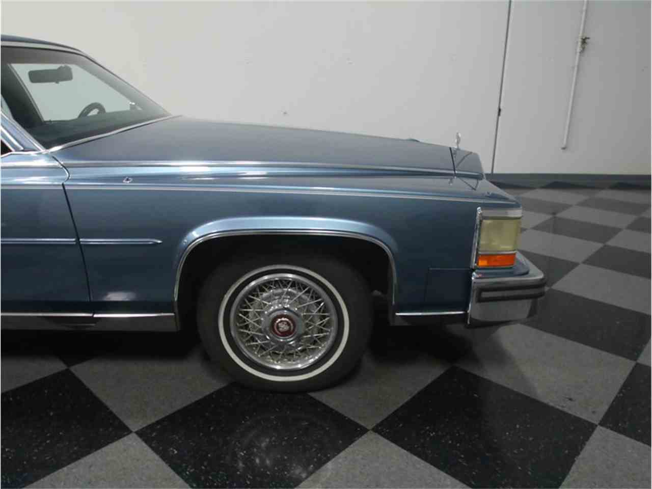 Large Picture of '86 Fleetwood Brougham Offered by Streetside Classics - Atlanta - LHHW