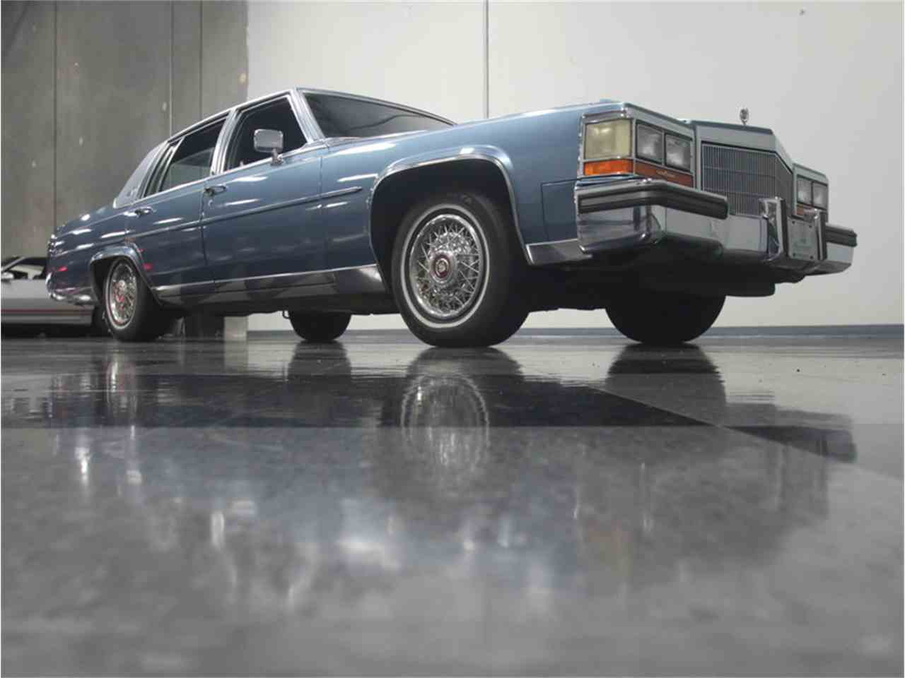 Large Picture of 1986 Cadillac Fleetwood Brougham located in Georgia - LHHW