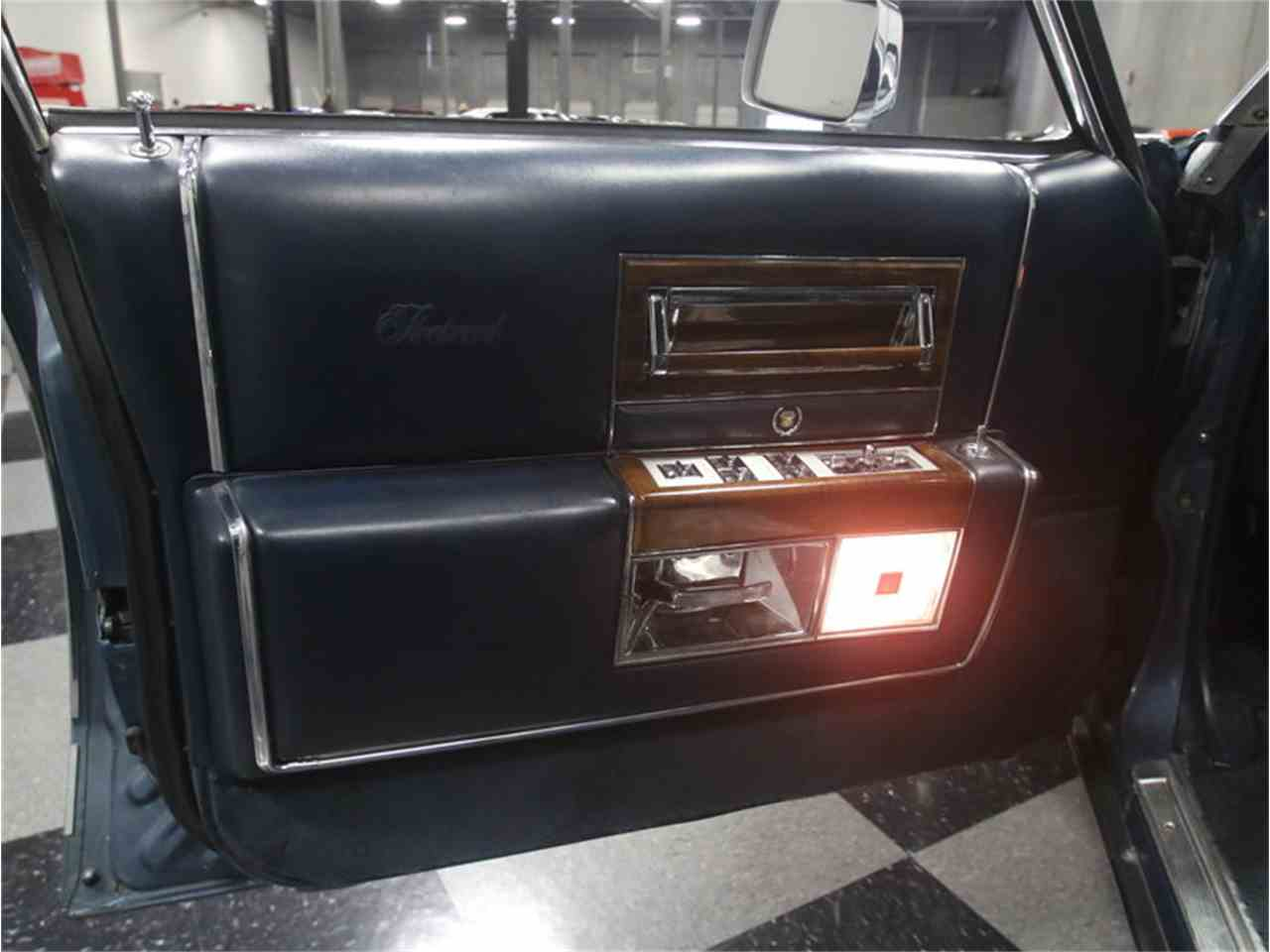 Large Picture of '86 Cadillac Fleetwood Brougham Offered by Streetside Classics - Atlanta - LHHW