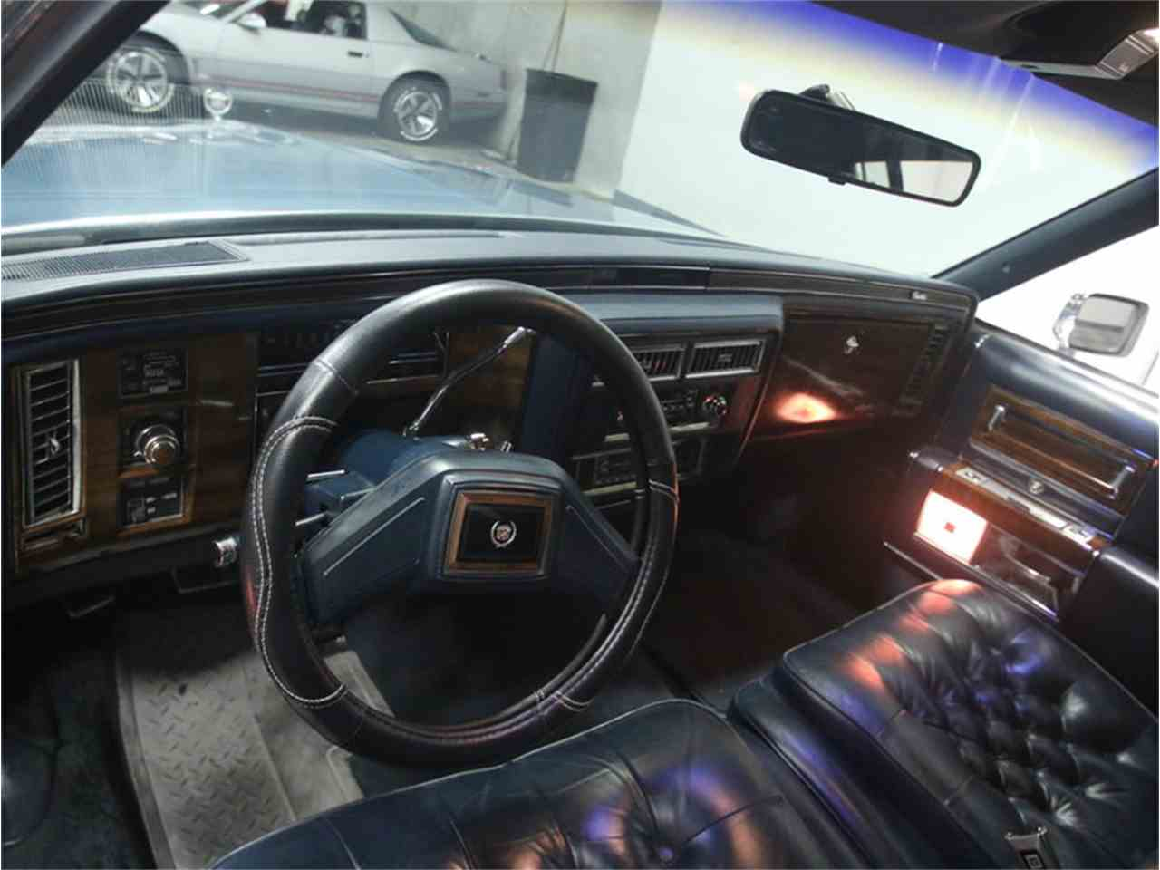 Large Picture of '86 Cadillac Fleetwood Brougham located in Georgia - LHHW