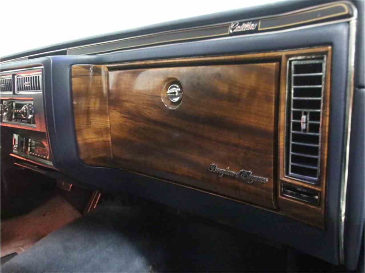 Large Picture of 1986 Fleetwood Brougham Offered by Streetside Classics - Atlanta - LHHW