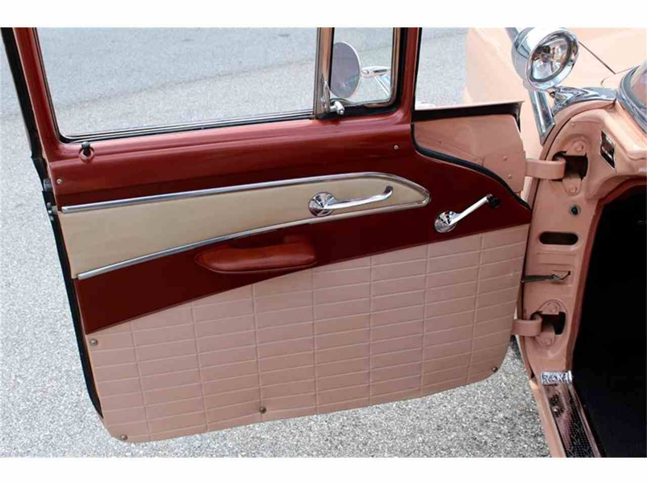Large Picture of 1956 Ford Station Wagon - LHIN