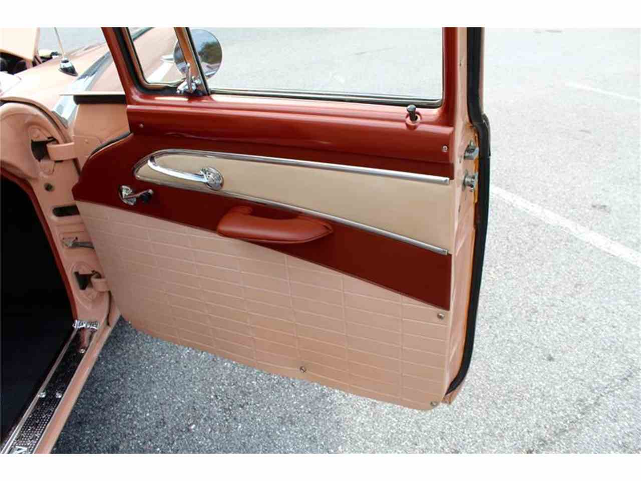 Large Picture of Classic '56 Ford Station Wagon - LHIN