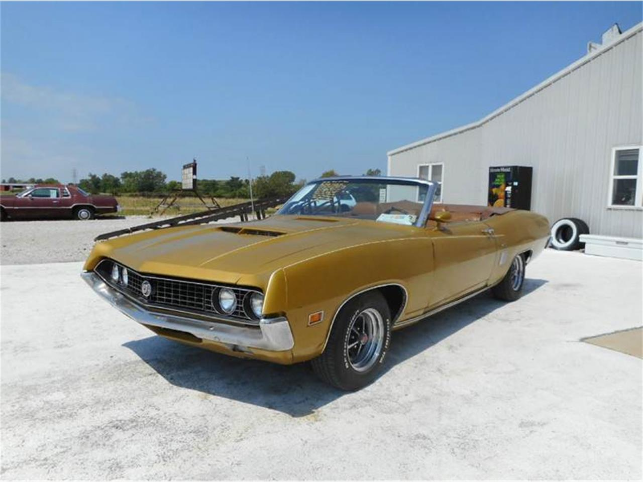 Large Picture of '70 Torino Offered by Country Classic Cars - LHKL