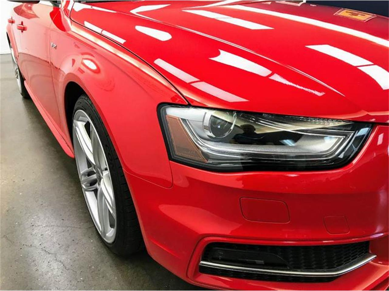 Large Picture of 2016 Audi S4 - $42,950.00 Offered by Foreign Traffic Import Sales & Service - LHL3