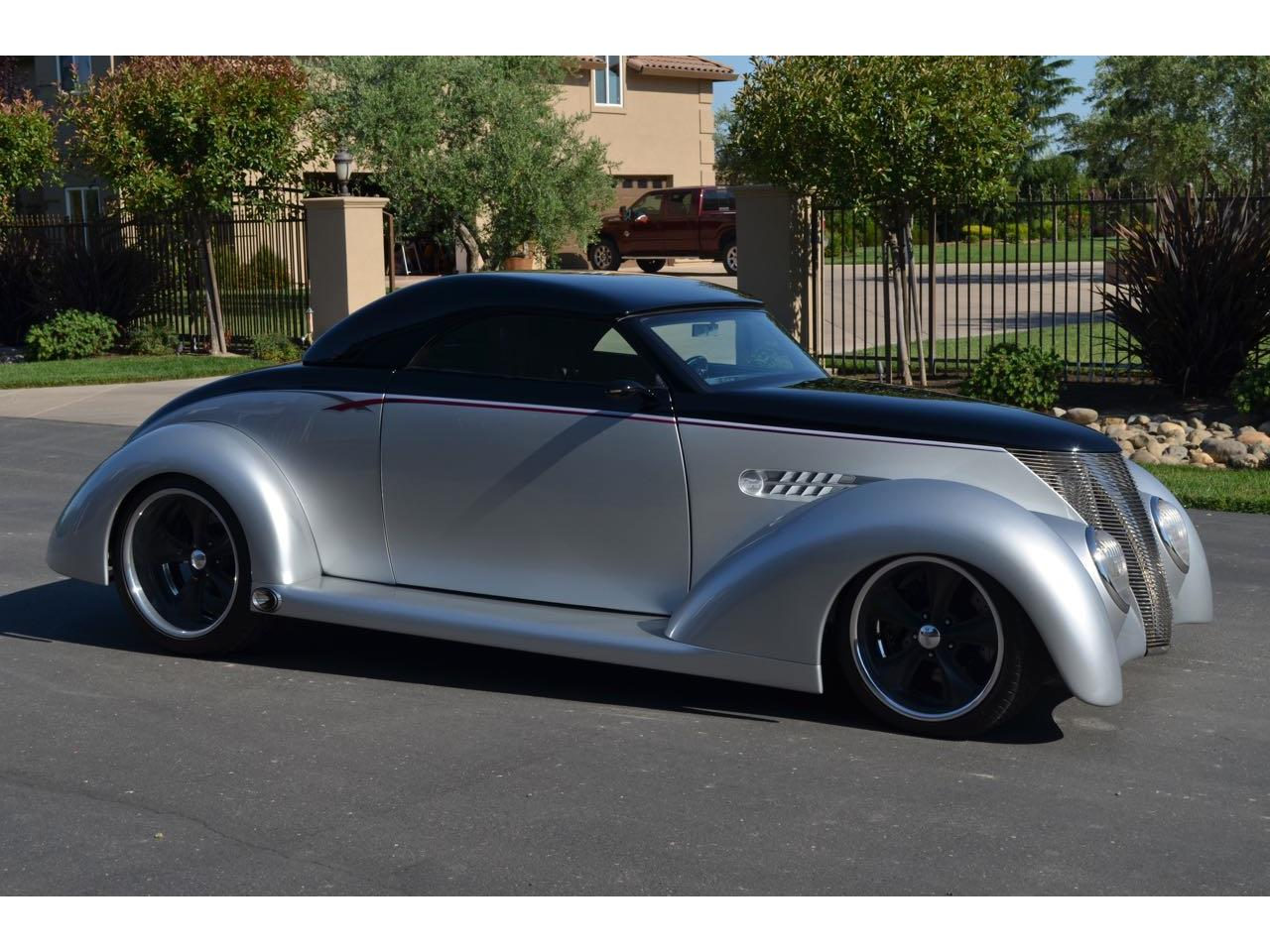 Large Picture of '37 Ford Coupe Offered by Spoke Motors - LHLW