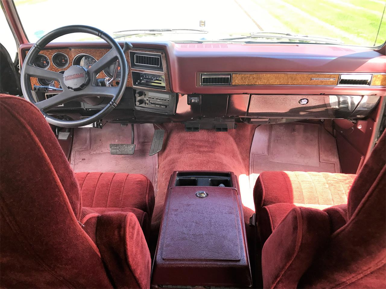 Large Picture of 1989 Chevrolet Suburban - $8,500.00 - LHN1