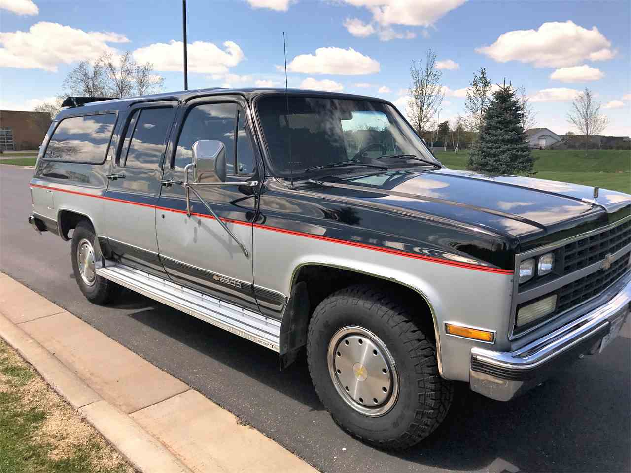 1989 chevrolet suburban for sale cc 1002637. Black Bedroom Furniture Sets. Home Design Ideas