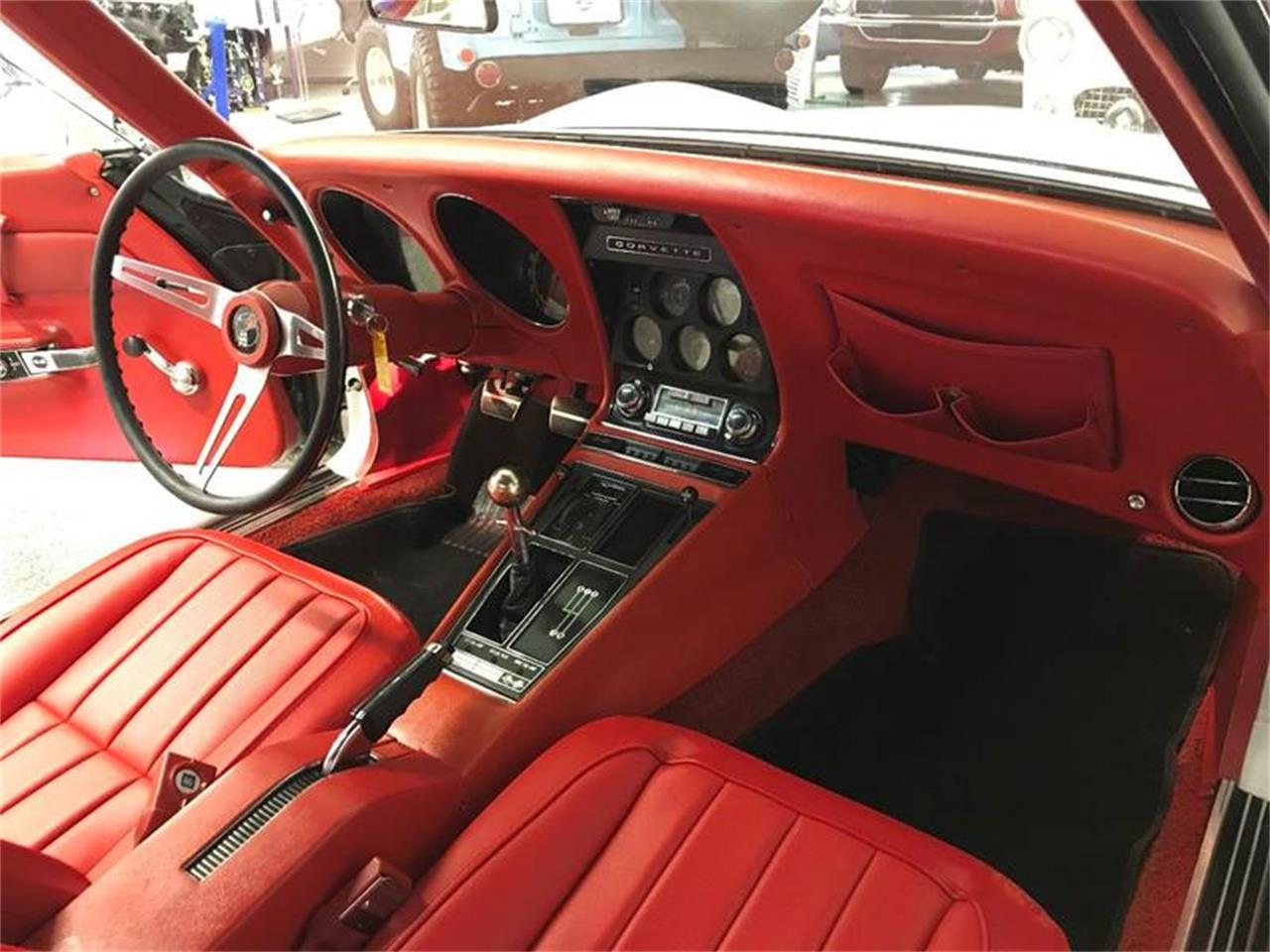 Large Picture of Classic 1969 Corvette - LFT5
