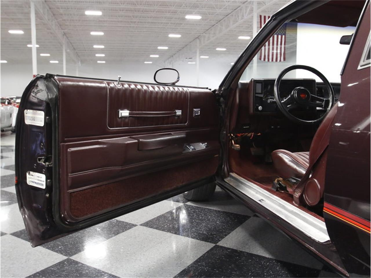 Large Picture of '85 Monte Carlo SS - LHNI
