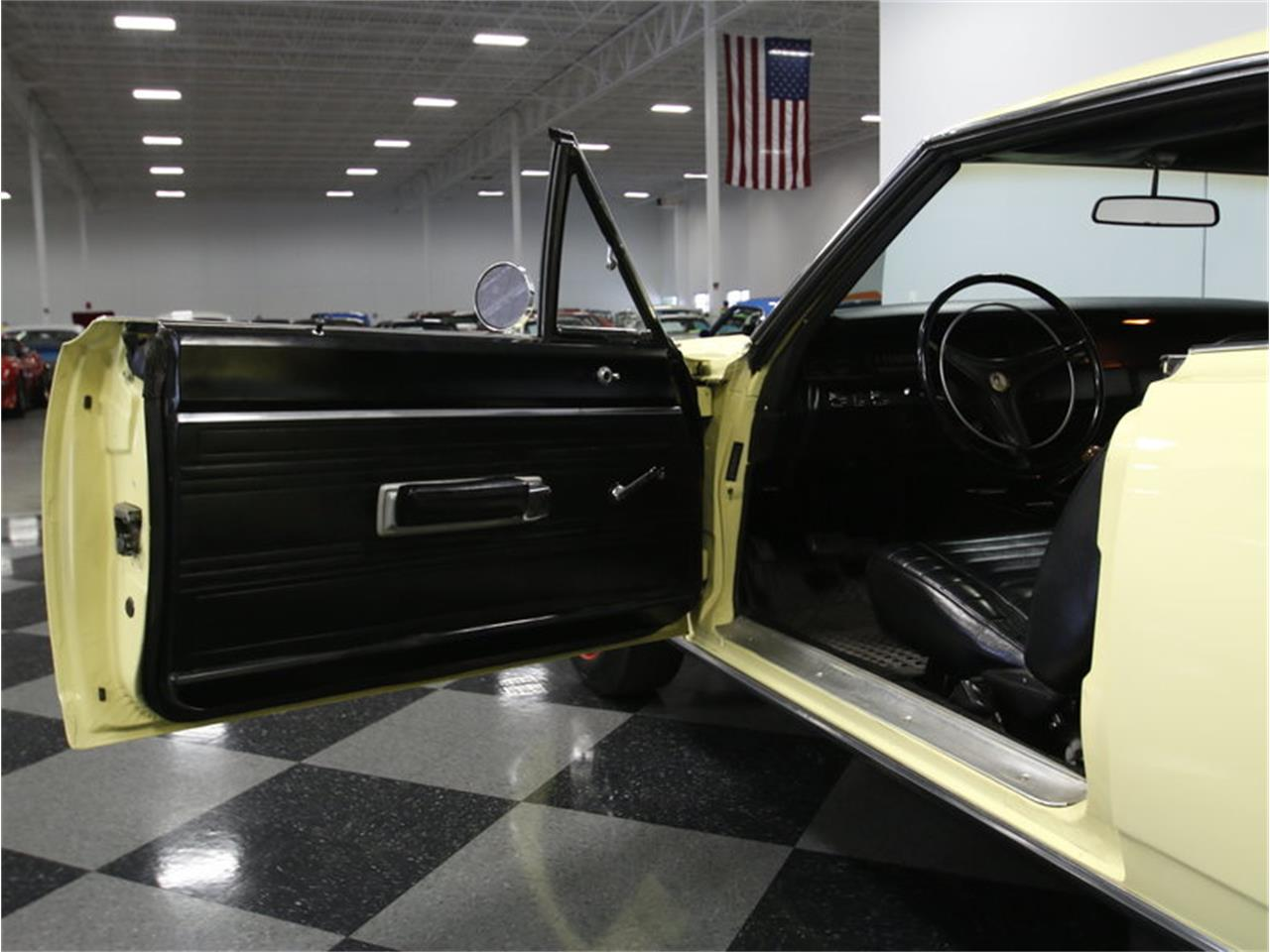 Large Picture of '69 Road Runner - LHNO