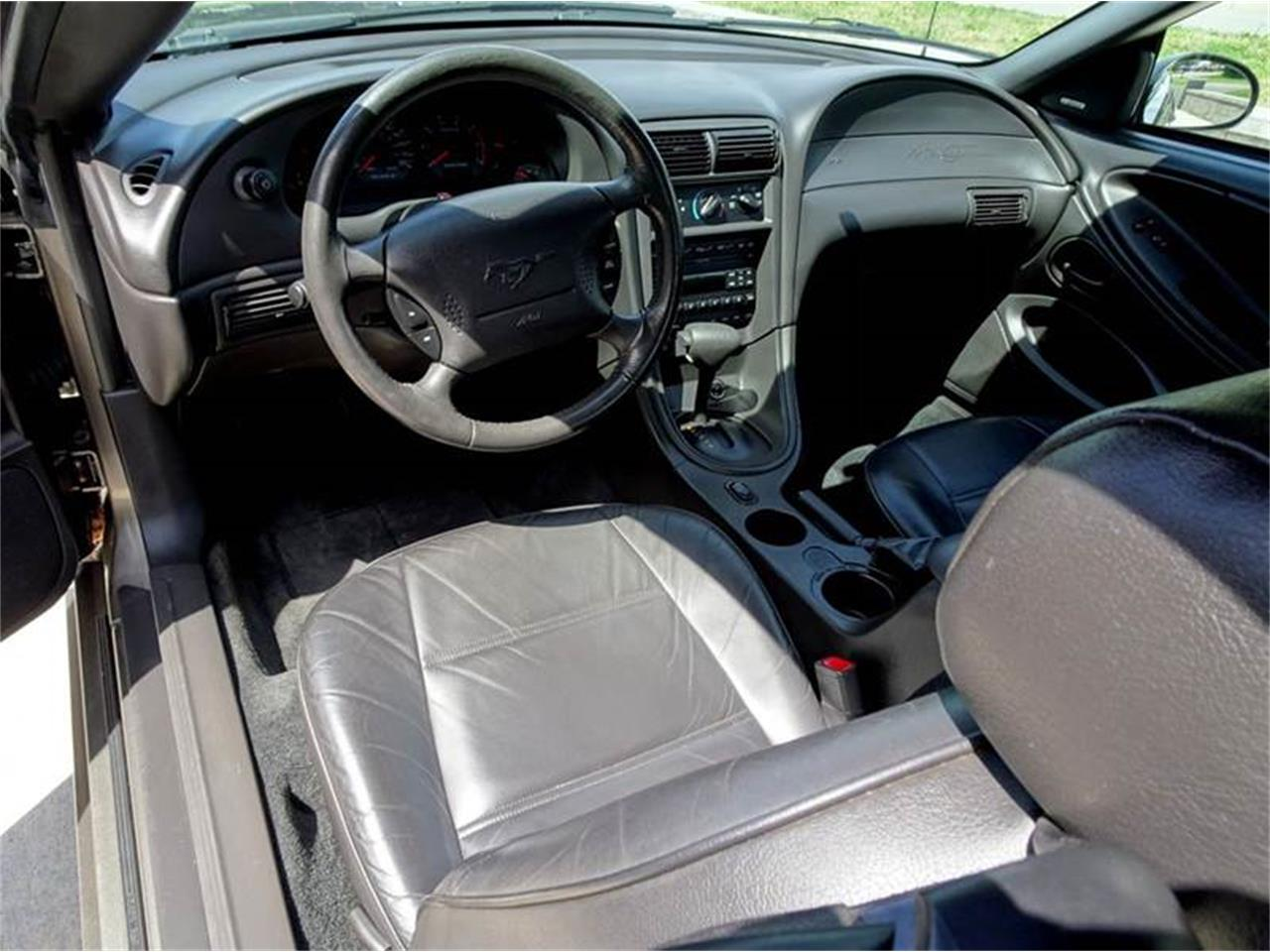 Large Picture of '01 Mustang - LHO8