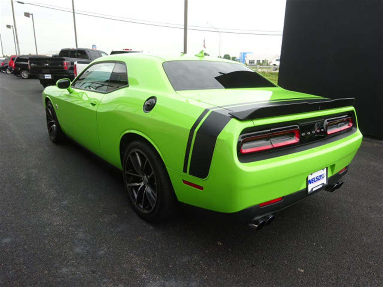 Large Picture of 2015 Dodge Challenger located in Ohio - LHOO
