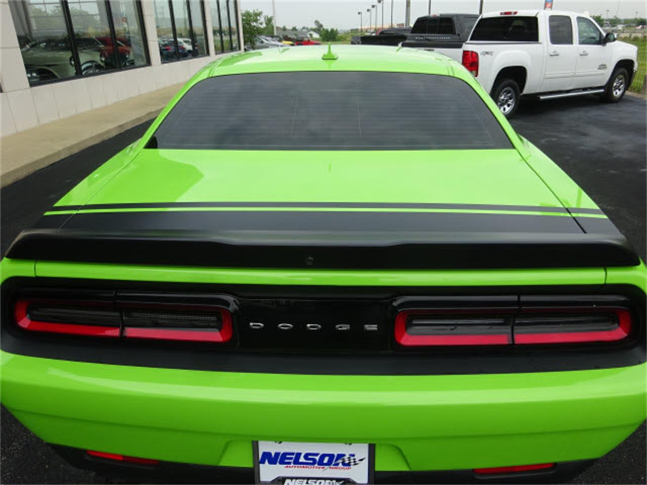 Large Picture of 2015 Challenger located in Marysville Ohio - $33,999.00 Offered by Nelson Automotive, Ltd. - LHOO