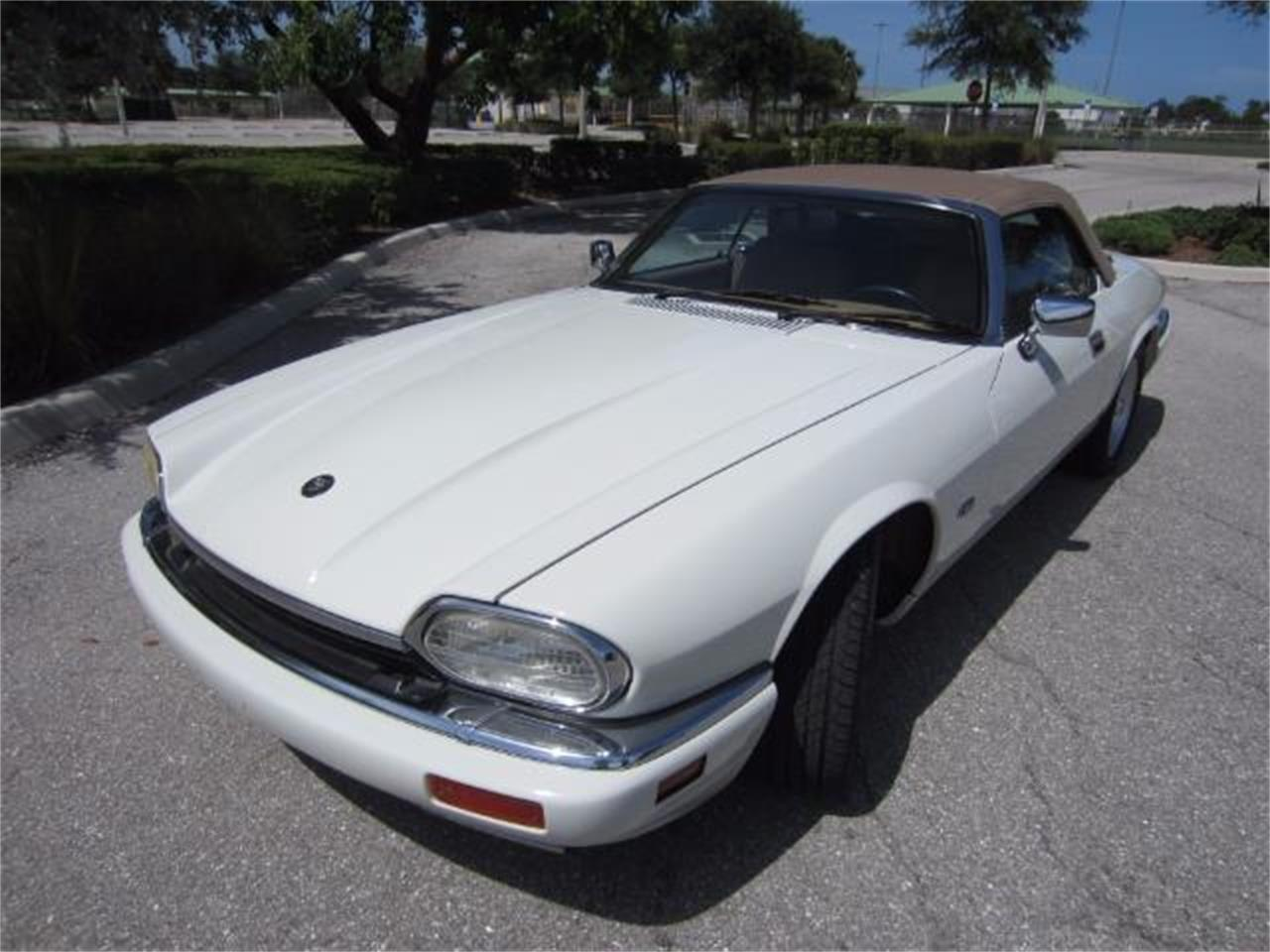 Large Picture of '94 Jaguar XJS Offered by Autosport Group - LHPC