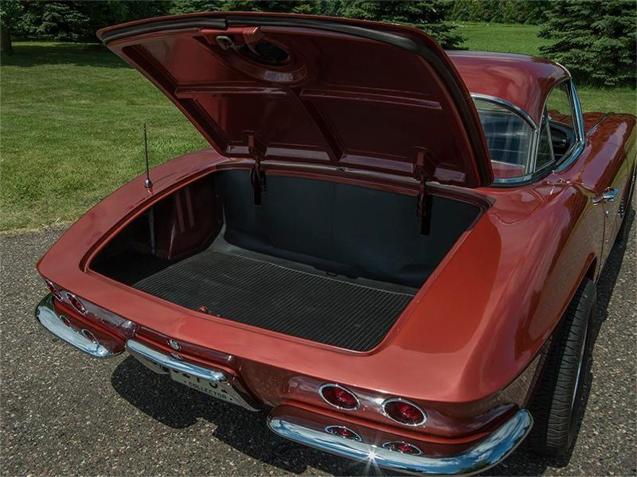 Large Picture of 1962 Chevrolet Corvette located in Minnesota Offered by Ellingson Motorcars - LHPM