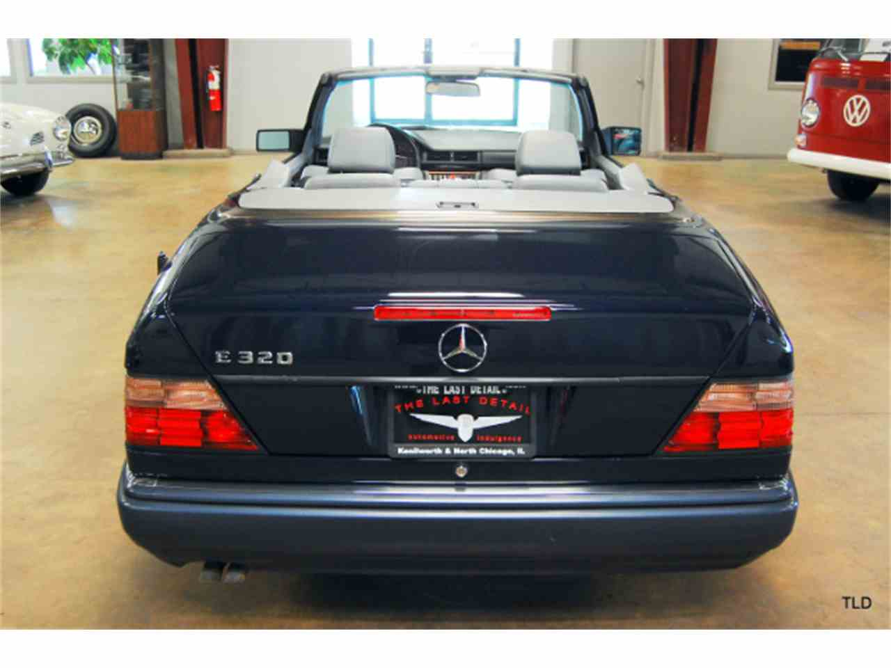 Large Picture of '94 E-Class - LHQ0