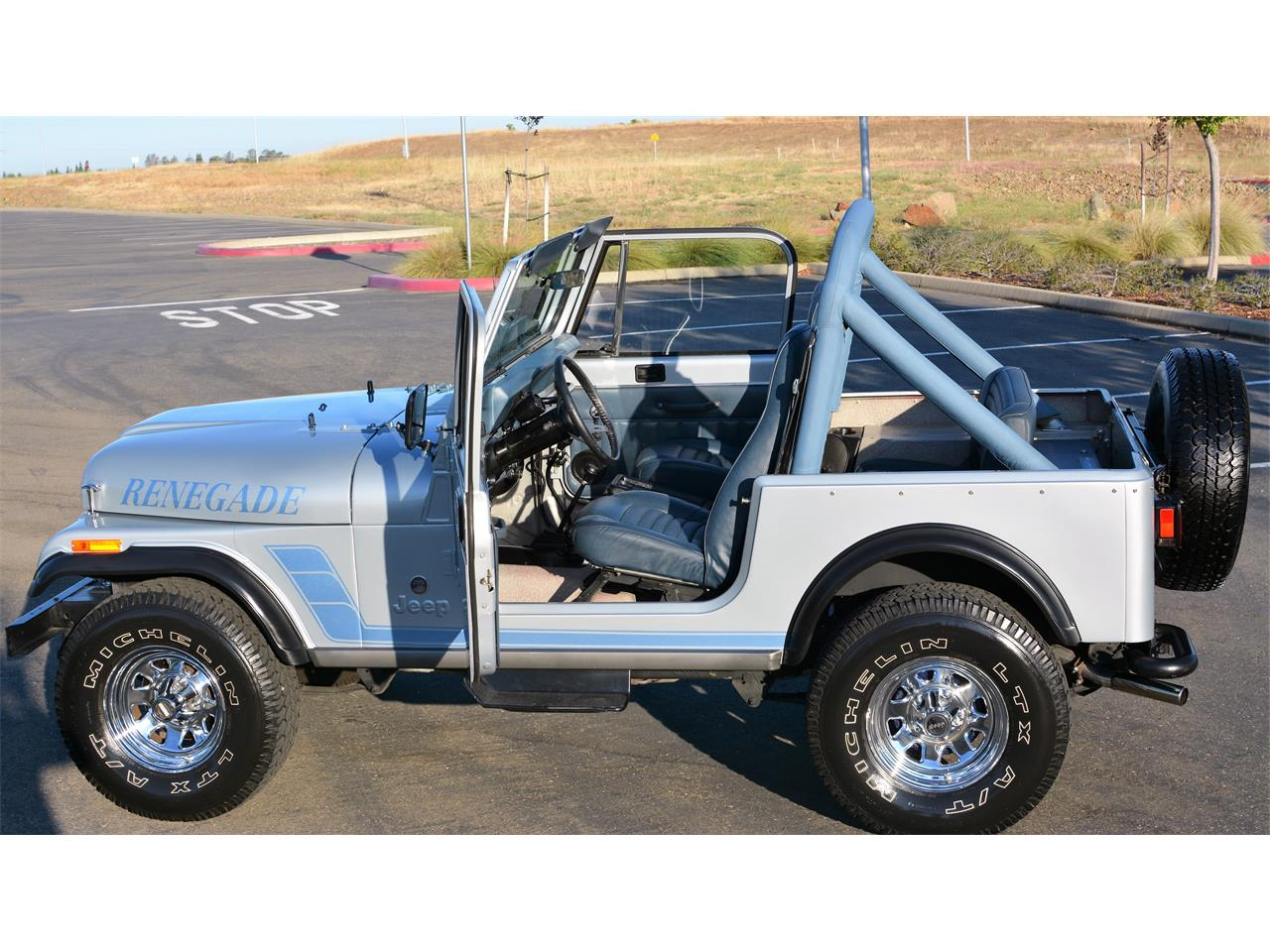 Large Picture of '83 Wrangler located in California - LHRY