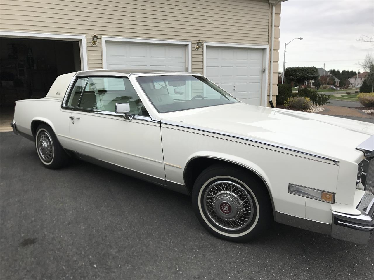 Large Picture of 1985 Cadillac Eldorado Biarritz located in Freehold New Jersey Offered by a Private Seller - LHUW
