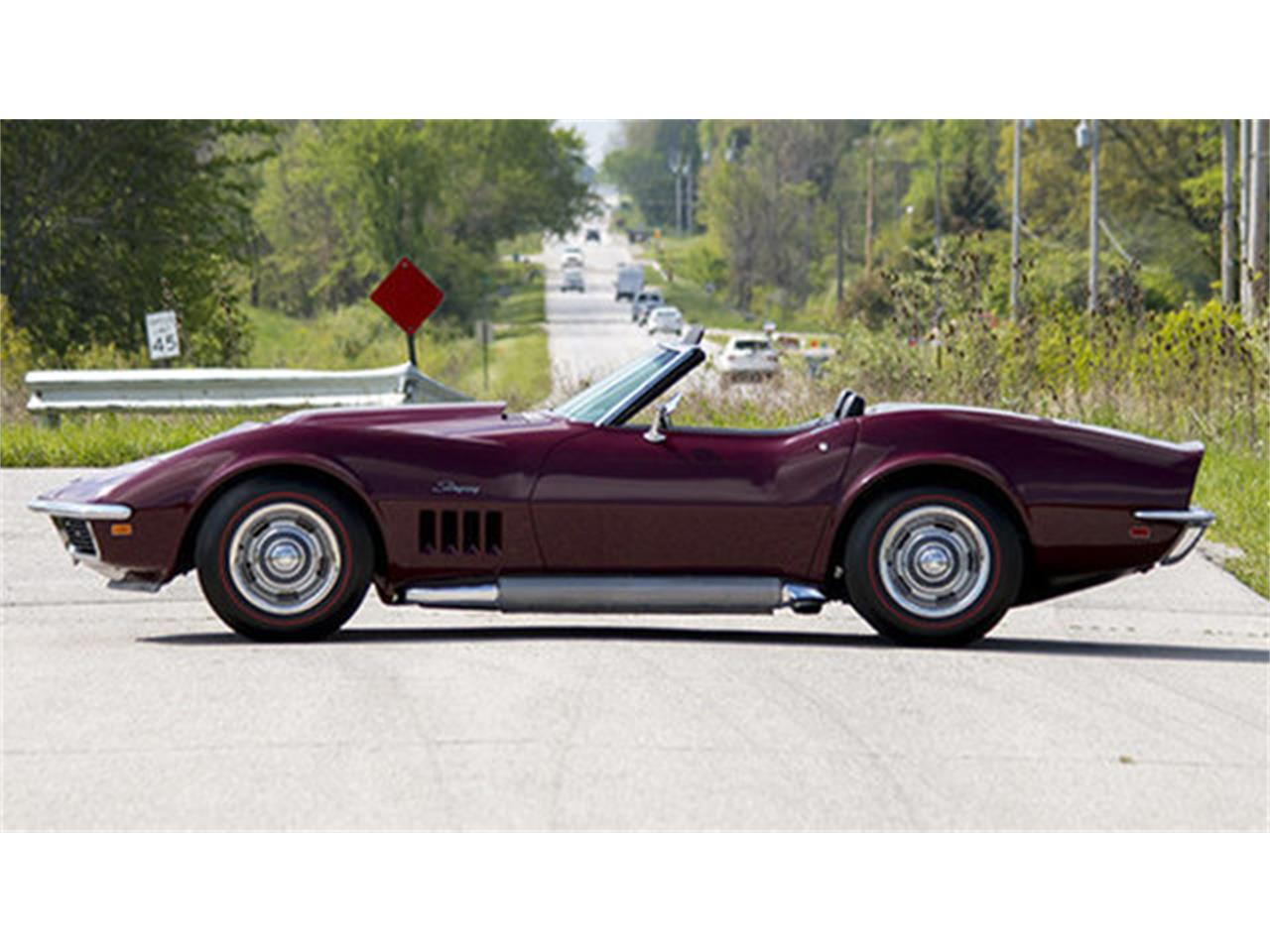 Large Picture of '69 Chevrolet Corvette located in Connecticut Offered by GT Motor Cars - LHVA