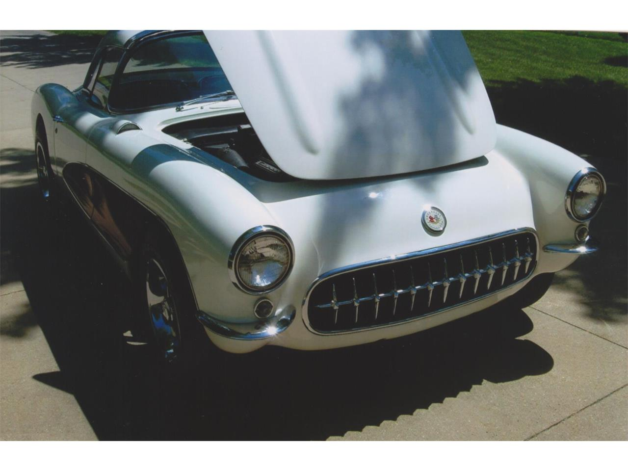 Large Picture of '57 Corvette - LHW7