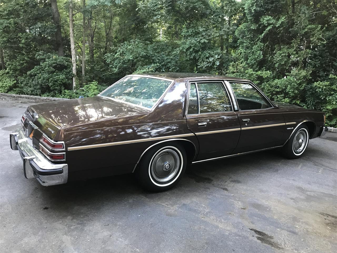 Large Picture of 1977 Pontiac Catalina located in Dix Hills New York - LHWC