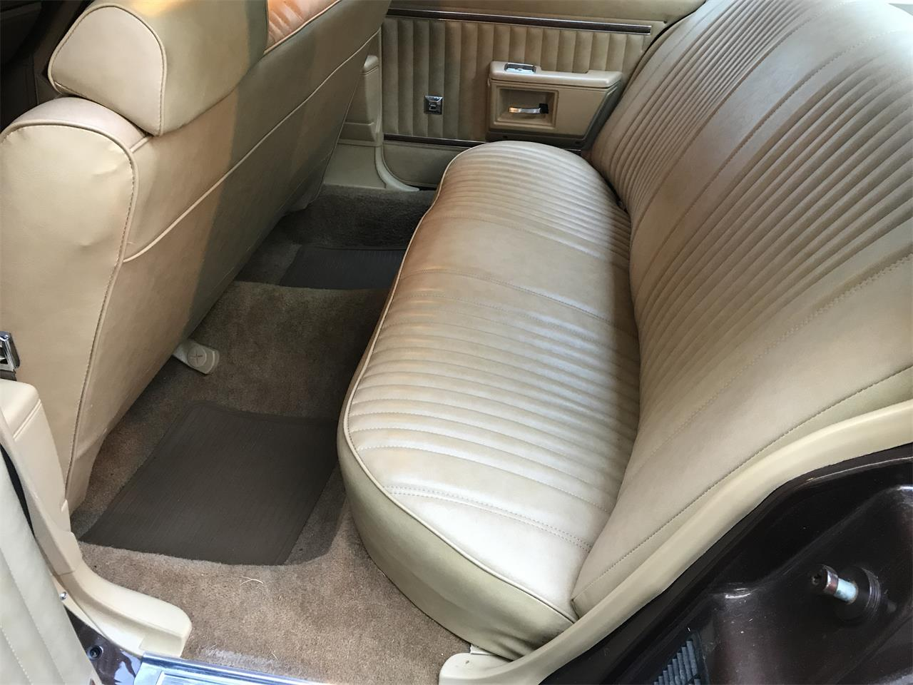 Large Picture of 1977 Pontiac Catalina located in Dix Hills New York Offered by a Private Seller - LHWC