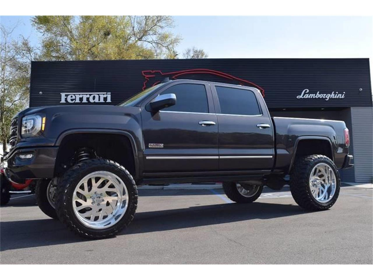 Large Picture of '16 GMC Sierra - $45,900.00 - LHZQ