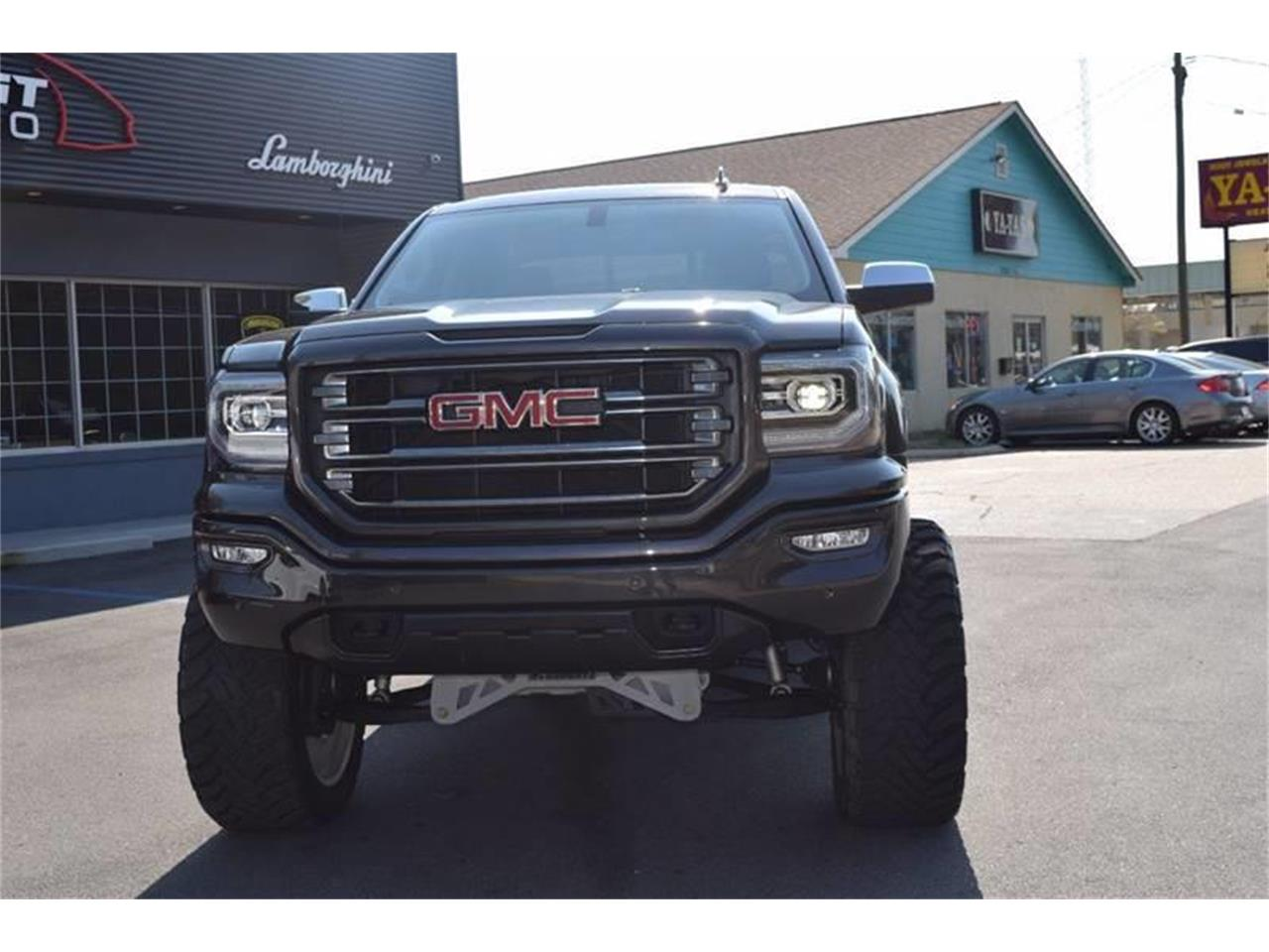 Large Picture of 2016 GMC Sierra located in Biloxi Mississippi - $45,900.00 - LHZQ